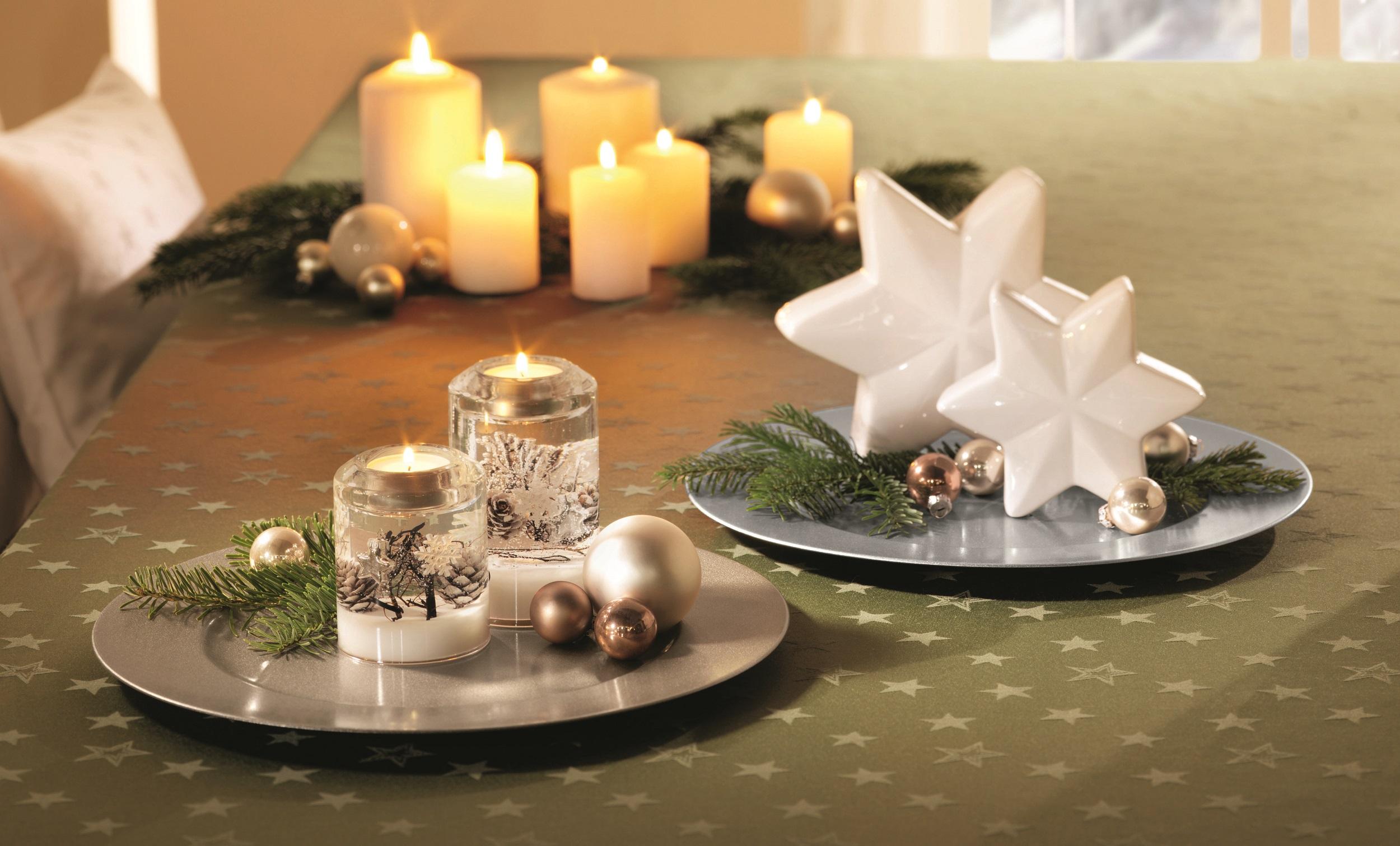 festlich gedeckter tisch weihnachten my blog. Black Bedroom Furniture Sets. Home Design Ideas